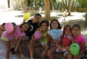 Fundación Áurea sigue apoyando las colonias de verano