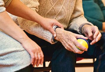 Personas mayores, su situación y el compromiso deFundación Áurea