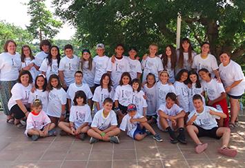 Fundación Áurea sigue apoyando los programas de verano de la AECC y de Raval Solidari