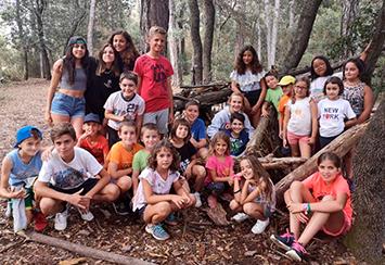 Fundación Áurea renueva su apoyo a las colonias de verano de la AECC